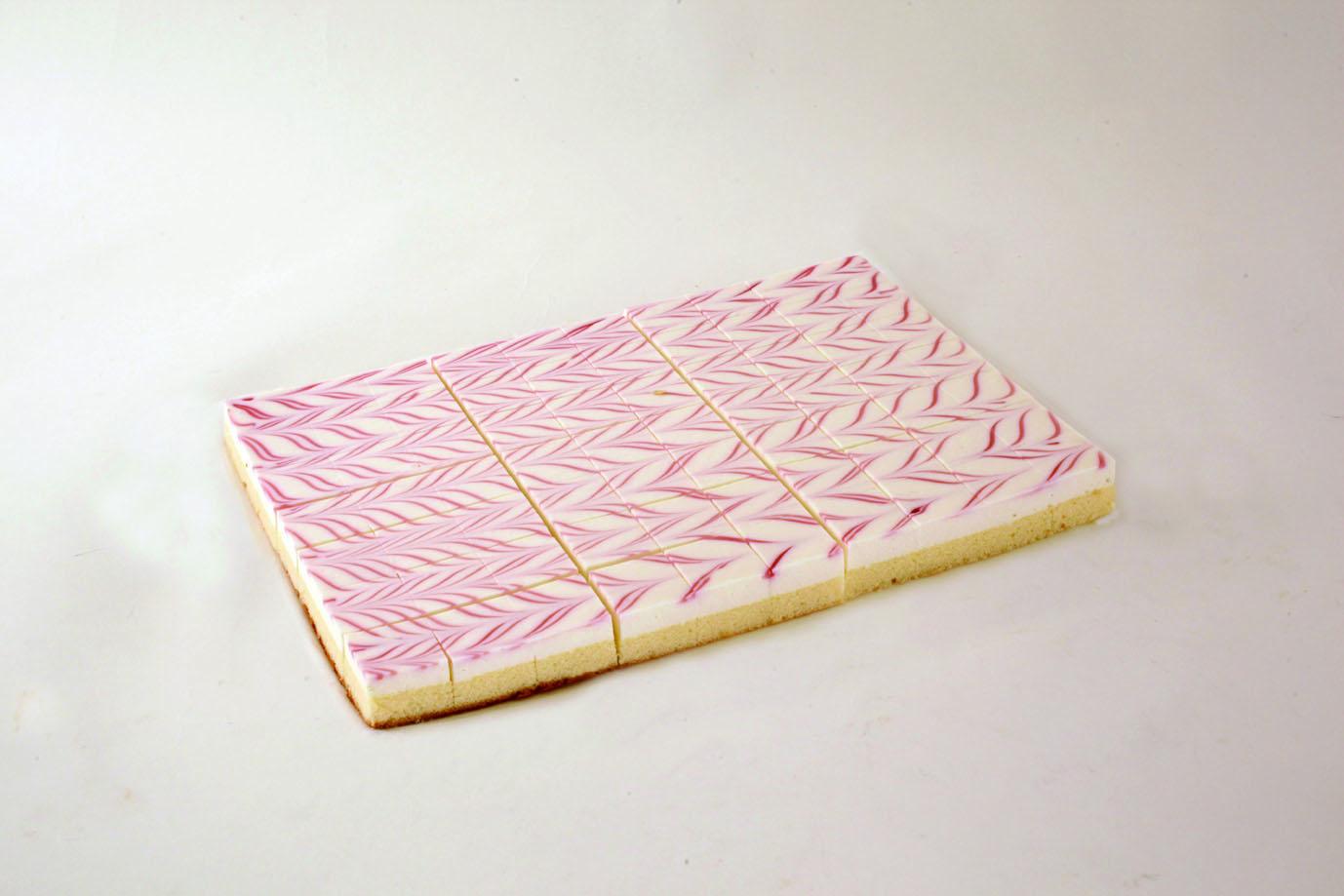 シートケーキ ラズベリーチーズ70カット